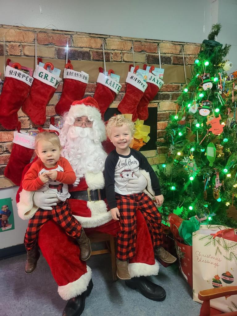 grey and harlow with santa